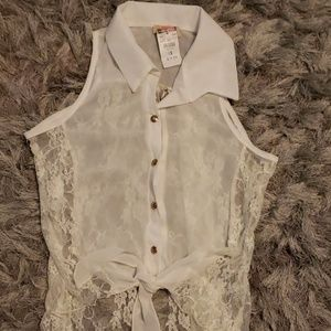 Body Central lace tank